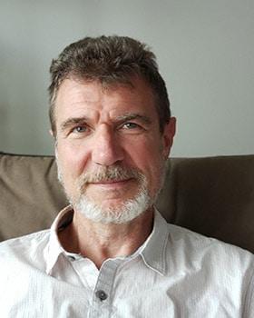 male toronto Psychotherapist
